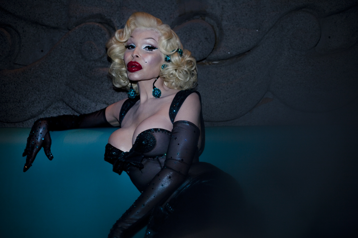 Make-up like a diva, por Amanda Lepore